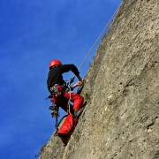 How to: Handle 3 Potential Mountain Climbing Emergencies Thumbnail