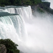 The Best Hikes Around Niagara Falls Thumbnail